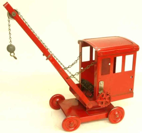 Tri-Ang Tin-Other-Vehicles Mobile, rotatable tin crane in red, metal wheels, with a cra