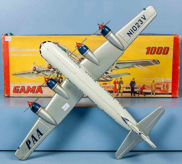GAMA Tine Ariplanes STRATO Clipper of the PAN AMERICAN WORLD AIRWAYS, enrollme