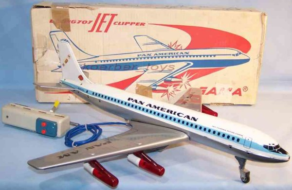 GAMA Tine Ariplanes Boeing 707 jet clippers Pan American in silver and white lit
