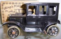 Bing Tin-Oldtimer Ford Sedan wind up car with woman...