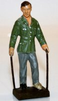 Lineol Military-Figures Wounded going on crutches. Figure...