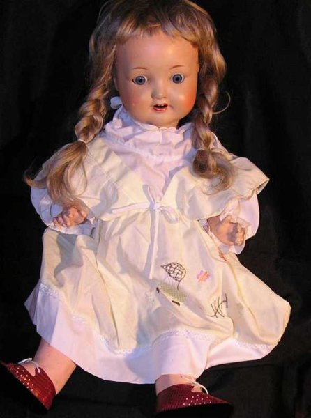 Sonneberger Porzellanfabrik Dolls Girl with crank head, blue movable sleep eyes, open mouth wi