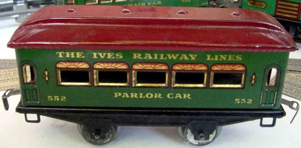 Ives Railway-Passenger Cars Passenger car; 2-axis, steel style green lithographed withou