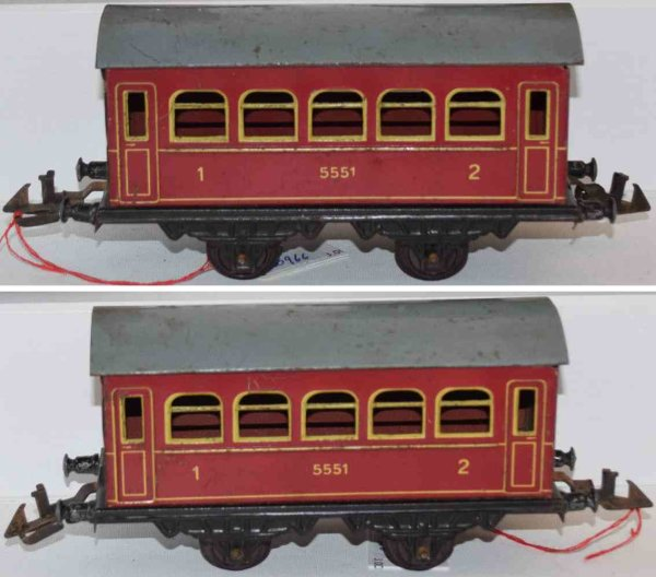 Doll Railway-Passenger Cars Passenger car #5/551 with four wheels; housing in red, roof