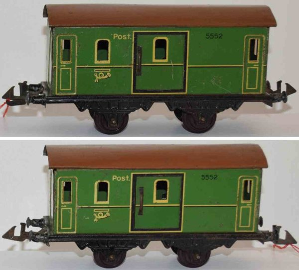 Doll Railway-Passenger Cars Passenger car No. 5552, four wheels; housing in green, roof