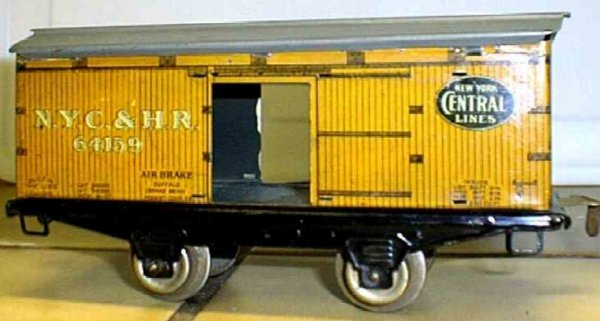 Ives Railway-Freight Wagons Box car, 2-axis, came in a 1922 only set