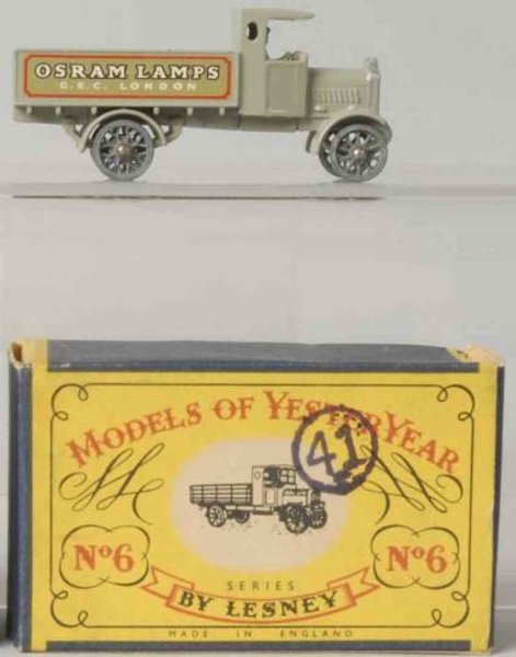 Matchbox Cast-Iron Matchbox Diecast  no. 6 A.E.C. Y-Type Lorry with original box, marked