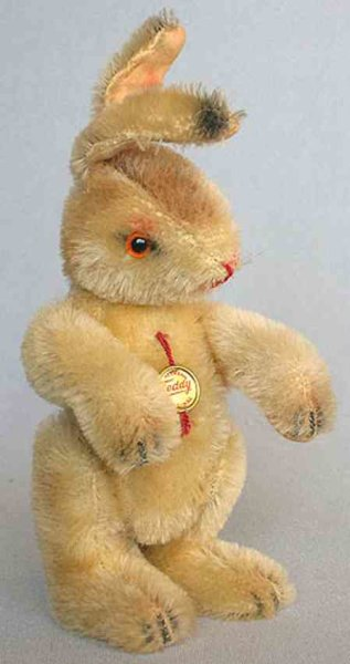Hermann Stuffed-Animals Standing Rabbit, serial 604/20 from the time around 1960