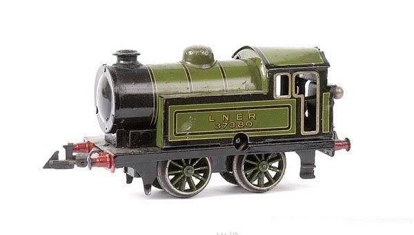 Bing Railway-Locomotives English clockwork locomotive #61/4738, green and black chrom