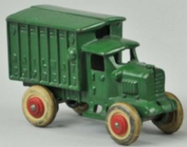Hubley Cast-Iron trucks RAILWAY EXPRESS truck of cast iron, both painted green with
