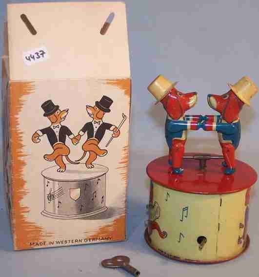 Bub Tin-Figures Samba dancing dogs #63/1 with windup mechanism, dogs with th