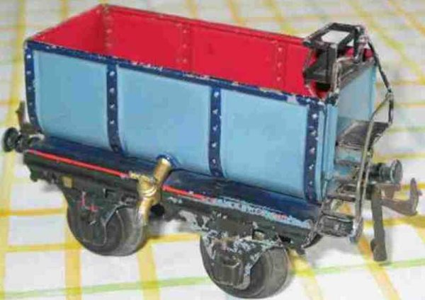 Bing Railway-Freight Wagons Liquid car #6307 with four wheels, blue and red hand-coated,
