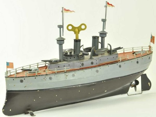 Fleischmann Tin-Ships Battle ship #640/45 hull painted in grey and black, railed d