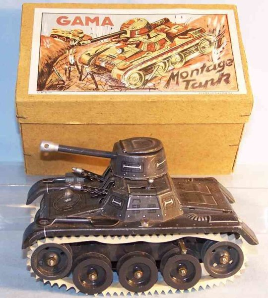 GAMA Military-Vehicles Tank made of tin with rubber tracks and clockwork, lithograp