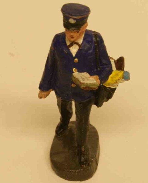 Hausser (Elastolin) Mass_Figures Mail carrier with pocket with letters, black trousers, blue