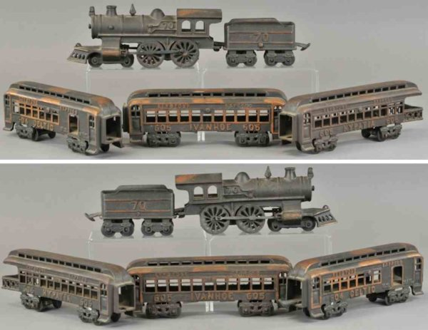 Grey Iron Casting Company Railway-Floor Train Floor train set, electroplated cast iron, includes 4-4
