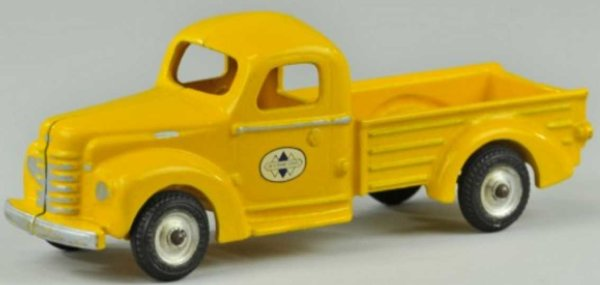 Arcade Cast-Iron trucks INTERNATIONAL PICK-UP TRUCK, cast iron, painted in bright ye