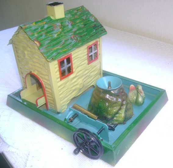 Doll Steam Toys-Drive Models Duck house No. 704 with fountain and water pump and a duck t