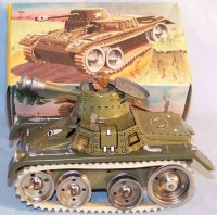 GAMA Military-Vehicles Tank #713 made of tin with rubber...