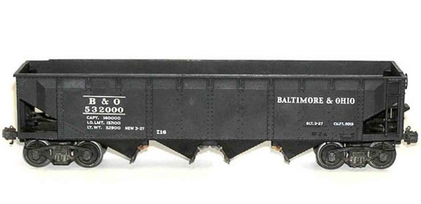Lionel Railway-Freight Wagons Hopper car #716 with eight wheels, massive die-cast hopper i