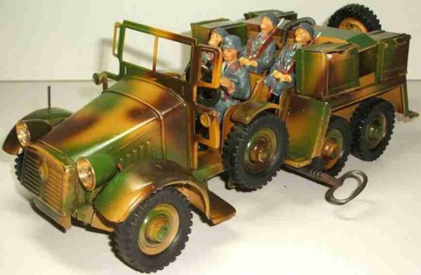 Hausser (Elastolin) Military-Vehicles Team car and ammunition car prewar-camouflage, with 6 wheels