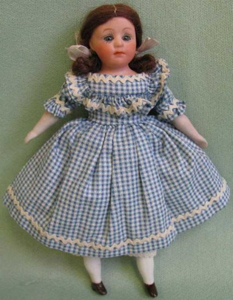 Heubach Gebr. Dolls Bisque closed-mouth Pouty character shoulderhead has origina
