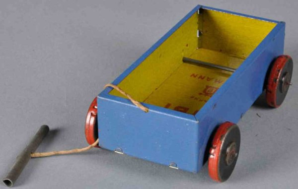 Lehmann Tin-Other-Vehicles Bibi #749 candy cart with pull string, car is outside in blu