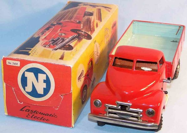 JNF Neuhierl Tin-Trucks Load grandma tic Electro in red and turquoise, with electric