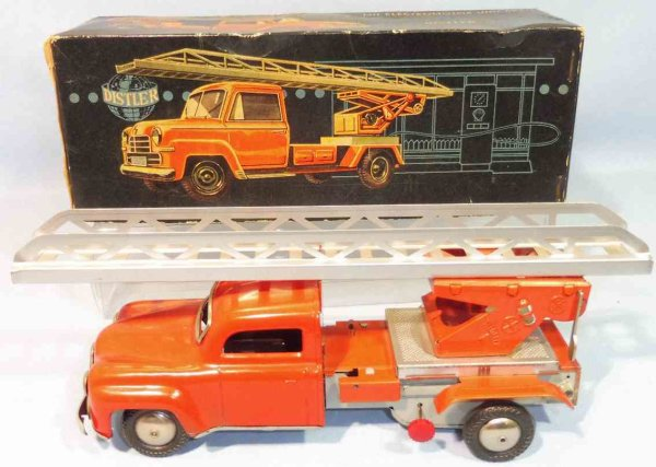 Distler Tin-Fire-Truck Fire ladder car #7722 in original box