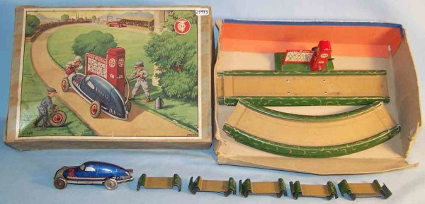 Tippco Tin-Highway Racetrack Set No. 780 of cardboard and tin with clockwork, l