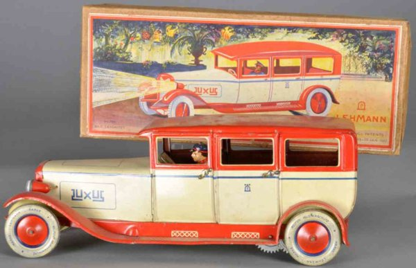 Lehmann Tin-Oldtimer Luxury limousine #785 made of lithographed tin, in an ivory-
