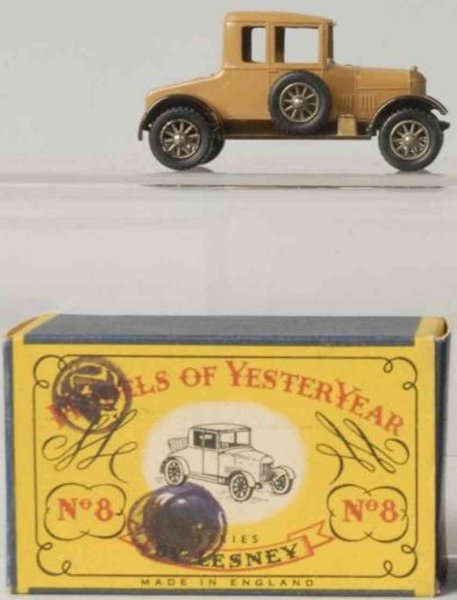 Matchbox Cast-Iron Matchbox Diecast  no. 8 1926 Morris Cowley with original box