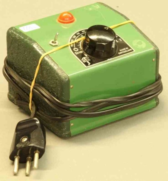 Buco (Bucherer) Railway-Rails/Power Transformer 220V/30VA in green with knob and system warning