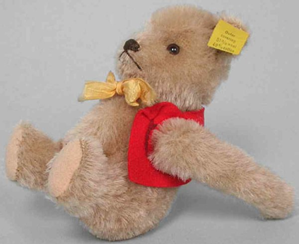 Steiff Baers The fastest teddy in the world is Turbo Teddy 9315,4, made i