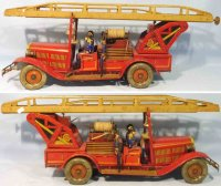 Tippco Tin-Fire-Truck Fire ladder car with clockwork,...