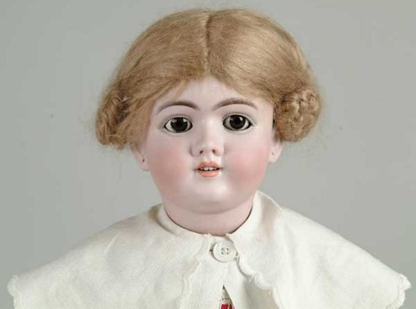 Handwerck Heinrich Dolls Brown sleep eyed doll marked 99 with fine bisque and compo