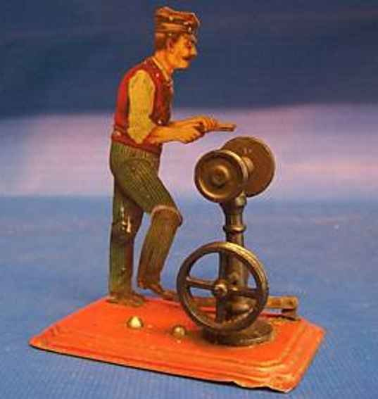 Bing Steam Toys-Drive Models Grinder #9956/23 onto sheet base, grinder of iron with state