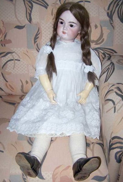 Marseille Armand Dolls Porcelain doll, jointed body consists of wood and mass, old