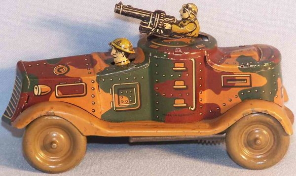 Arnold Military-Vehicles Small tank of sheet metal with clockwork, in mimicry paint,