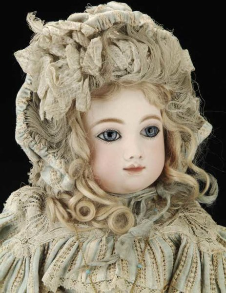 Thuillier André Dolls Bebe doll with the most desirable face with perfect complexi