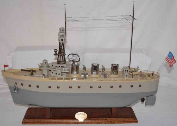 Orkin Tin-Ships Battleship made of pressed steel with wind-up mechanism, pro