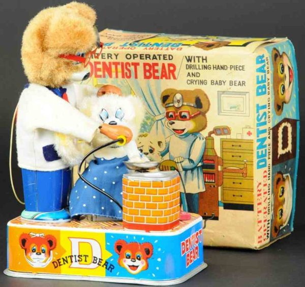 Suzuki & Edwards Tin-Figures Bear as dentist in original box, lithographed tin and cloth