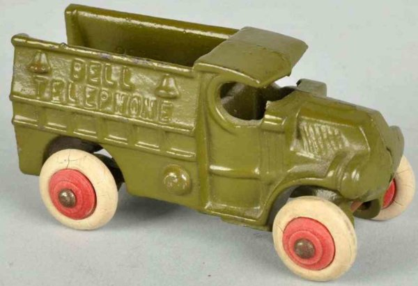Hubley Cast-Iron trucks Cast iron truck, hard to find smaller variation with white r