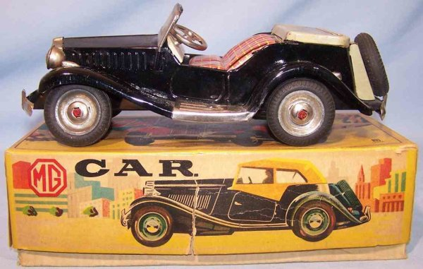 Bandai Tin-Oldtimer Convertible in original box, made of tin, chrome and rubber,
