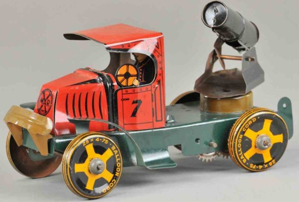 Marx Tin-Trucks Cannon truck made of lithographed tin, unusual red Mack cab,