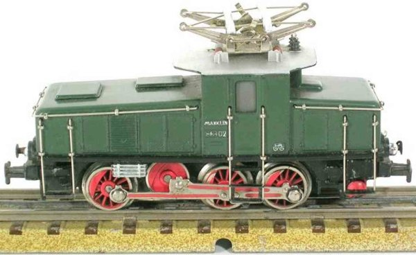 Maerklin Railway-Locomotives Freight train locomotive #CE 800-1  with black cast undercar