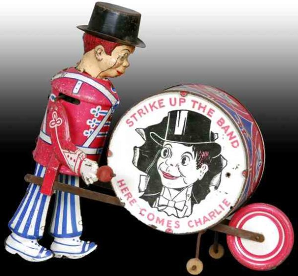Marx Tin-Figures Charlie McCarthy the drummer boy in original box. Copyright