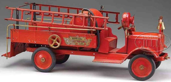 Keystone Tin-Fire-Truck Chemical truck a pressed steel fire truck with working water