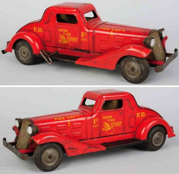 Marx Tin-Fire-Truck Pressed steel siren fire chief car with wind-up mechanism, m