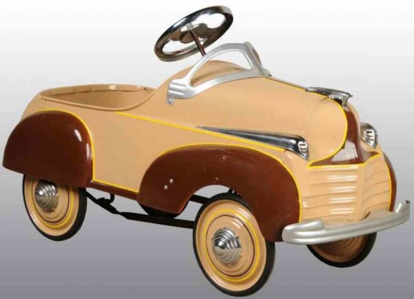 Steelcraft Tin-pedal cars Chrysler pedal car of pressed steel. Complete professional r